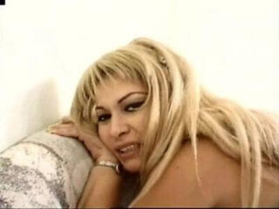 Mexican porno Una Puta de Mucho Fiar brought to you by JuliusAssange | -mexican-prostitute-