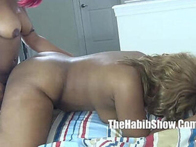 chiraqs sexy freaky lesbians ghetto lovers golden and thickredxxx | -freak-ghetto-lesbian-sexy-