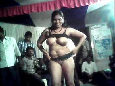 Telugu aunty sex dance in road | -aunty-dancing-