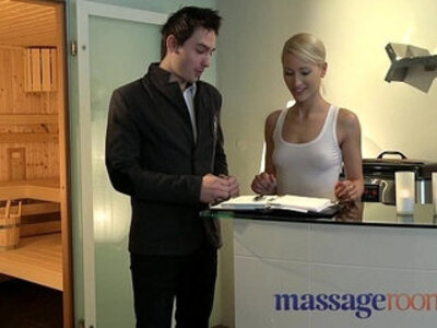 Massage Rooms Uma rims guy before squirting and pleasuring another | -gay-massage-rimming-squirt-