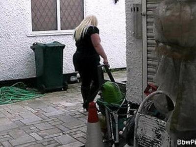 Stranger fucks hot chubby blonde | -blonde-chubby-grandma-stranger-