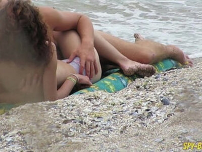 Topless Amateur MILFs Voyeur Beach Close Up | -amateur-beach-closeup-students-topless-voyeur-