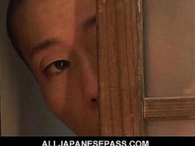 Gorgeous Japanese Cougar Nana Nanami soaps up her sexy hot body | -cougar-gorgeous-japanese-sexy-skinny-