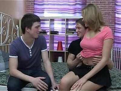 Stranger bonks sexy teenie   -russian-sexy-stranger-