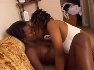 Amateur Black Lesbians | -amateur-black-cum on tits-lesbian-