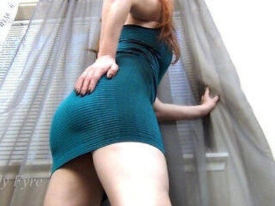 Little man and the perfect goddess assworship tease | -ass worship-goddess-lady-perfect-teasing-