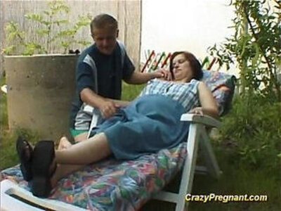 pregnant lady has her naked body massaged | -lady-naked-pregnant-