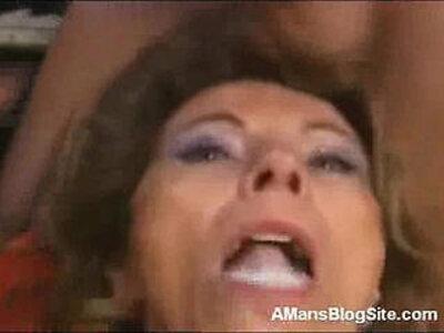 Cum Hungry Mom   -cum-cum in mouth-hungry-