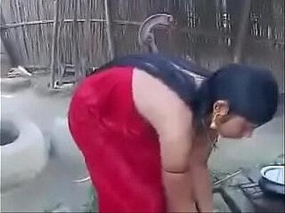 Desi teen girl Hot video 2017 | -desi-girl-home video-school girl-teen-