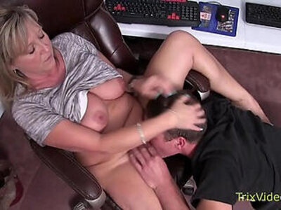 Mommy son caught at the office   -caught-closeup-mommy-office-son-