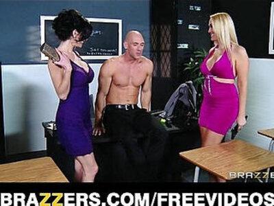 Pair of slutty girlfriends decide to share big dick in a threesome   -3some-big cock-girlfriend-pornstar-sharing-slutty-