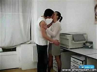 seks ofisniksh sotrudnikov   -office-