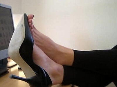 High heels and bare feet at Agas office | -foot-high heels-office-