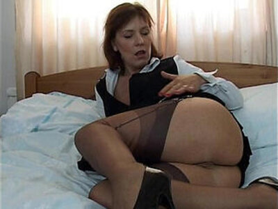 Wendy Stockings | -school girl-stockings-