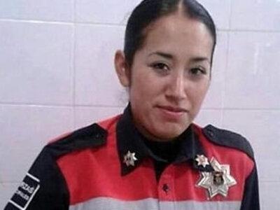 mujer policia de mexico baila desnuda | -mexican-