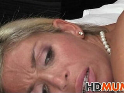 Stunning blonde mum sex   -blonde-old man-stepson-stunning-