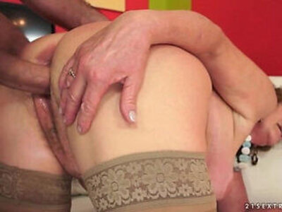 Hairy Granny wants big dick | -big cock-hairy-older woman-